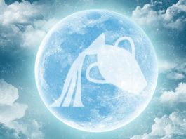 Luna Llena de Acuario