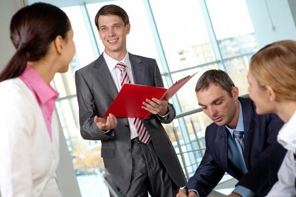 Conoce los signos compatibles en el trabajo y los negocio
